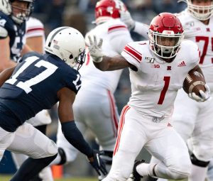 Rutgers RB Isaih Pacheco rushes against Penn State